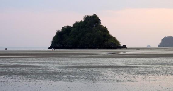 Андаманское море в отлив