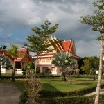 Буддийский храм в Пханг Нга