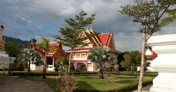 Буддийский храм в провинции Пханг Нга.